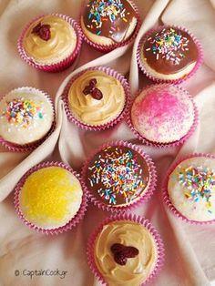 Συνταγές για παιδιά, Παραδοσιακές Συνταγές, Συνταγές για μπουφέ Donut Cupcakes, Cupcake Cookies, Donuts, Zucchini Bread, Mini Cakes, Carrot Cake, Royal Icing, Cupcake Recipes, Food And Drink