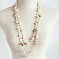 Exquisite Women's Faux Pearl and White Flower Embellished Sweater Chain NecklaceNecklaces | RoseGal.com