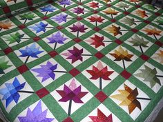 handmade quilts   Maple Leaf Autumn Splendour Quilt - Amish Quilts from Amish Spirit