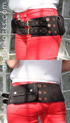 Handy pocketed belt