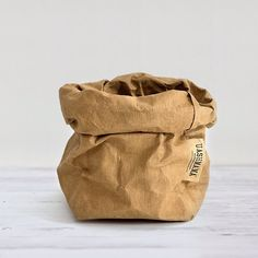 The humble paper bag is elevated to a showpiece with these smart sacks by UASHMAMA. Paper bags that feel like leather, wash like fabric and flatten. Baking Supplies, Party Supplies, Craft Supplies, Fruit Packaging, Packaging Supplies, Fabric, Paper Bags, Leather, Crafts