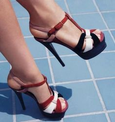 High Heels & Shoes Love