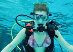 Great Blue Hole, Dolphin Tale, Underwater Pictures, Sea Diving, Scuba Girl, Womens Wetsuit, Snorkelling, Underwater Photography, Bikinis