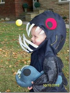 Anglerfish Costume with anglerfish felt toy. & ANGLER_5 | costumes | Pinterest | Fish costume Angler fish and Costumes
