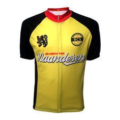 De Leeuw van Vlaanderen. De klassiekerspecialist. Een echte Flandrien. Dit is de voorkant van de Leeuw van Vlaanderen. Het retro wielershirt is hier verkrijgbaar. http://www.retrocyclingshirts.com/product/lion-of-flanders/