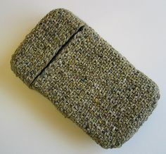 Phone Cosy in Linen Stitch by Sue Crain    Knit flat and sewn up the sides.