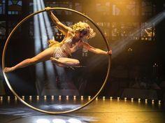 "Gefällt 267 Mal, 4 Kommentare - Tosca (@toscacyr) auf Instagram: ""Always pushing higher  #rouecyr #cyrwheel #performer #vintage #showgirl #circusburlesque…"""