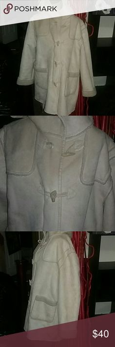 NWOT Long, cream winter coat.  XL Has a hood,  very pretty coat. Monroe and Main Jackets & Coats Trench Coats