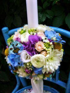 lumanare botez baiat - Google Search Party Time, Wedding Flowers, Floral Wreath, Vase, Wreaths, Candles, Table Decorations, Bouquets, Corsages