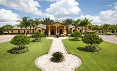 The greater part of the #Orlando #vacation #homesforsale are having fabulous swimming pools and much more...