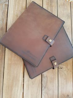 LeatherFolders#CustomMade#LegalPad#ForHim Leather Projects, Card Case, Hand Stitching, Custom Made, Satchel, Wallet, Cards, Maps, Playing Cards