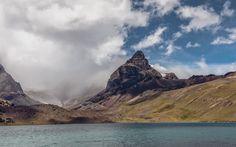 Aguja Negra - Aguja Negra 5290 msnm, Condoriri Massif, Bolivia.