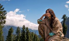 Highway Review: On the surface, it looks different than any other Imtiaz Ali film, but dig deeper to see what each frame evokes, the film is purely his.