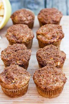 Healthy Apple Cinnamon Muffins || by eatingbirdfood