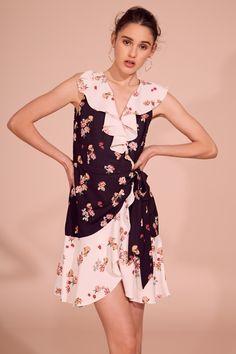 87c4355415 KEEPSAKE EVOLVE WRAP DRESS black w ivory scatter floral