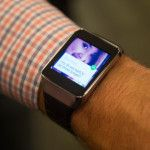 Este es el nuevo Samsung Gear Live con Android Wear - http://www.cleardata.com.ar/internet/este-es-el-nuevo-samsung-gear-live-con-android-wear.html