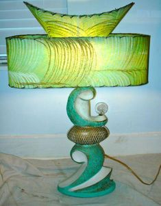 Mid Century Retro Atomic Lamp h Three Tiered Fiberglass dia. Lamp, Mid Century Lighting, Mid Century Modern Decor, Funky Lamps, Mid Century Decor, Retro Lamp, Retro Lighting, I Love Lamp, Mid Century Lamp