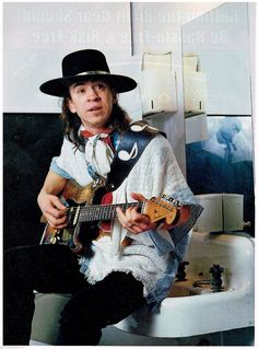 The life of Stevie Ray Vaughan Stevie Ray Vaughan Guitar, Jimmie Vaughan, Brandy Love, Blues Artists, Music Artists, Picture Albums, Extraordinary People, Blues Rock, Music Photo