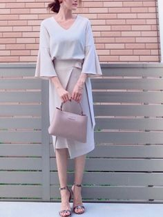 hononさんのコーディネート Bell Sleeves, Bell Sleeve Top, How To Wear, Tops, Women, Style, Fashion, Swag, Moda
