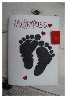 Mutterpassülle bestickt, mit 2D Babyfüsschen aus Filz/Handarbeit in Kleidung & Accessoires, Damenmode, Umstandsmode | eBay!