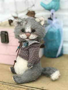 Teddy cat By Anna Davidenkova - Bear Pile