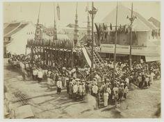 Festival Rebutan (Cioko) di Surabaya tahun 1890 (Koleksi: www.kitlv.nl)