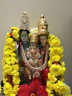 Puja Ganesh Lord, Sri Ganesh, Ganesha Art, Krishna Art, Krishna Images, Lord Shiva, Kali Hindu, Hindu Statues, Shiva Statue