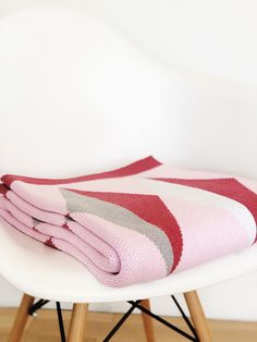 Made in the USA from recycled cotton, our Hope Throw is soft, cozy and machine washable. We donate $10 from the sale of every pink Hope Throw to Breast Cancer Action, an organization focused on achieving health justice for all women living with and at risk of breast cancer.  #homedecor #bedthrow #couchthrow #homedecorinspo #blanket #linens #bedding #breastcancer #breastcancergift #pink Light Teal, Dark Teal, Love And Light, Gifts For Cancer Patients, Breast Cancer Gifts, Ovarian Cancer Awareness, Couch Throws, Knitted Throws, Cotton Blankets