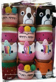 Cesto Crochet Craft Fair, Crochet Cozy, Crochet Cushions, Crochet Motif, Crochet Crafts, Easy Crochet, Crochet Flowers, Crochet Projects, Crochet Chain Stitch