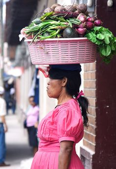 Vegetable Vendor in Santa Rosa de Copan, Copan, Honduras. Photo: Hideki Naito, via Flickr