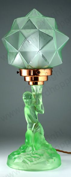 VINTAGE GLASS IN GREEN. 1930s WALTHER & SÖHNE URANIUM GREEN GLASS ROTTERDAM DECO TABLE LAMP WITH STAR SHADE. To visit my website click here: http://www.richardhoppe.co.uk or for help or information email us here: info@richardhoppe.co.uk
