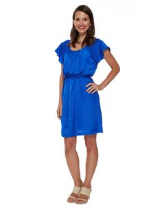 A casual pleat dress with raglan flutter sleeves which can be worn loose or with the waist tie to create a more fitted look.