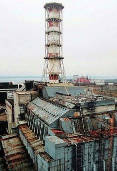 The Chernobyl power plant in Russia, exploded and caused nuclear radiation and fallout to spread throughout Russia. The total number of deaths was Chernobyl Reactor, Reactor Nuclear, Chernobyl 1986, Chernobyl Disaster, Places Around The World, Around The Worlds, Nuclear Apocalypse, Chernobyl Nuclear Power Plant, Apocalypse