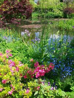 Monet showed such a wide variety of tactics to put color together, Daubmann states. He had a small houseboat made. He was inspired for this garden by ...