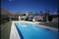 KAUFMAN DESERT RESIDENCE BY RICHARD NEUTRA HALFWAY BETWEEN PALM SPRINGS AND RIVERSIDE CALIFORNIA1946