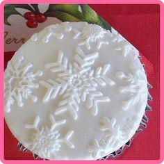 Snowflake cupcake, Snowflake Impress Mat