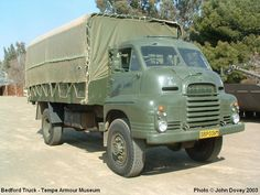 bedford vehicles - Google Search Antique Trucks, Vintage Trucks, Vintage Vans, Big Rig Trucks, Lifted Ford Trucks, South African Railways, Bedford Truck, Old Lorries, Army Day