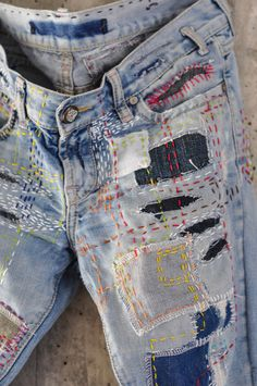 Vintage Jeans, Boho Vintage, Vintage Outfits, Grunge Jeans, Hipster Jeans, Boyfriend Jeans, Diy Distressed Jeans, Redone Jeans, Denim Purse