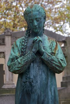 Tomb Sculpture 5, Pere Lachaise Cemetery by Peter Cook UK, via Flickr