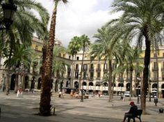 Placa Reial Barcelona   Spain - Barcelona Life
