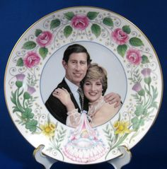 Birth Of Prince William Of Wales Plate 1982 Bone China (Prince Charles and Lady Diana, Princess Diana, Prince William And Harry) at Time Was Antiques English Royal Family, British Royal Families, Princess Diana Family, Princess Of Wales, Princess Kate, Prince William And Harry, Prince Charles, Prinz William, Prinz Harry