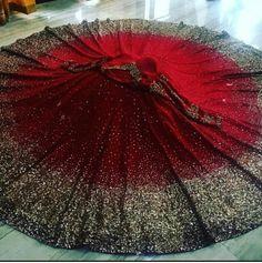 Gorgeous, modish Indian Wedding Bridal Lehenga and choli blouse, Brilliant for Indian Wedding Fashion, Indian Wedding Sangeet Fashion, Mod via (original source unknown) Designer Bridal Lehenga, Wedding Lehenga Designs, Lehenga Wedding, Indian Bridal Lehenga, Indian Bridal Outfits, Pakistani Bridal Dresses, Indian Designer Outfits, Desi Wedding Dresses, Bridal Lehenga Collection