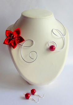 parure collier argenté fleur de satin rouge, mariage, soirée chic