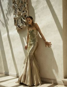 Karolina Kurkova - El ultimo emperador - Roberto Cavalli - Vogue Spain -  ph. Miguel 4152183c134