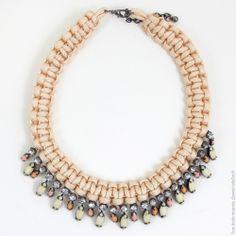 Collier plastron tressée perles strass. Nude - Bijoux Fantaisie/Colliers courts - Bulle2co