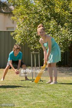 Stock Photo : Backyard Cricket