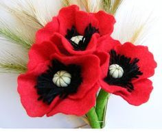 "DIY Beautiful Felt Poppy Flower "" Very nice felt poppy flowers. They can bring a bit of their freshness and cheerfulness inside your home. (more…) "" View On WordPress Dyi Flowers, Handmade Flowers, Felt Flowers, Fabric Flowers, Poppy Flowers, Felt Diy, Felt Crafts, Poppy Craft, Felt Flower Tutorial"