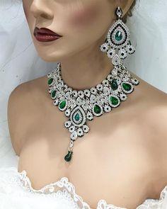 Indian Kundan Emerald crystal wedding jewelry set Bollywood fashion jewelry