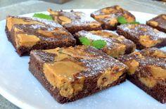 sukkerfri, glutenfri og sunn brownies med vaniljefudge Brownies, Tasty, Sweets, Desserts, Food, Sweet Pastries, Meal, Gummi Candy, Candy Notes