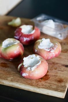 BBQ Stuffed goat cheese peaches from the barbecue 3 Can I Order Crocs Shoes Online? Fruit Recipes, Snack Recipes, Snacks, Bbq Grill, Barbecue, Good Food, Yummy Food, Outdoor Food, Happy Foods